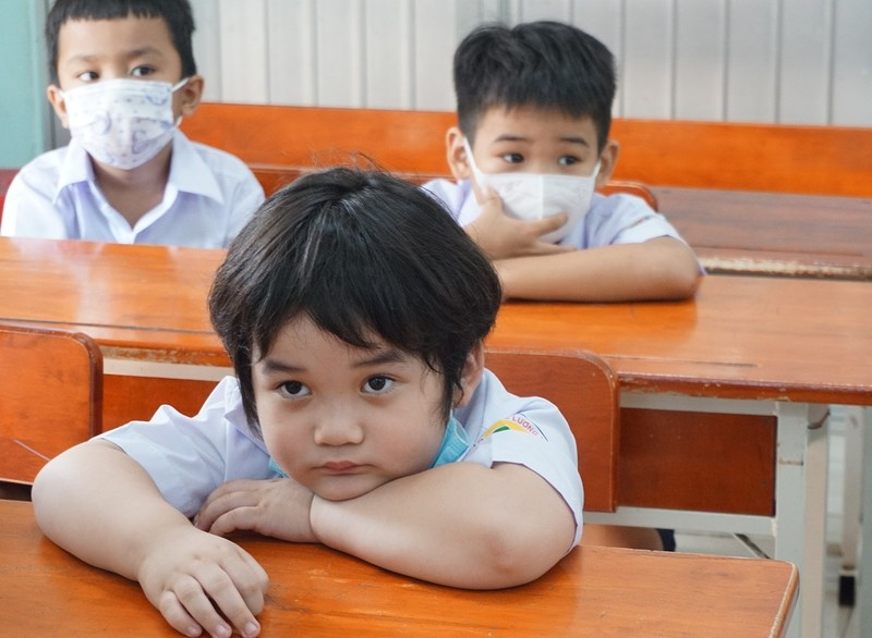 Cảm xúc trái chiều của học sinh lớp 1 trong ngày tựu trường - ảnh 5