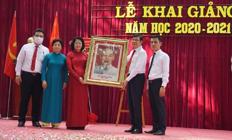 Phó Chủ tịch nước dự lễ khai giảng tại TP.HCM - ảnh 3