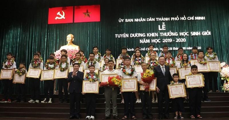 HS đạt huy chương Vàng Quốc tế sẽ được thưởng 200 triệu đồng - ảnh 1