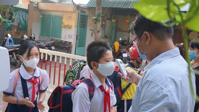 TP.HCM: Trường học không tổ chức các hoạt động đông người - ảnh 1
