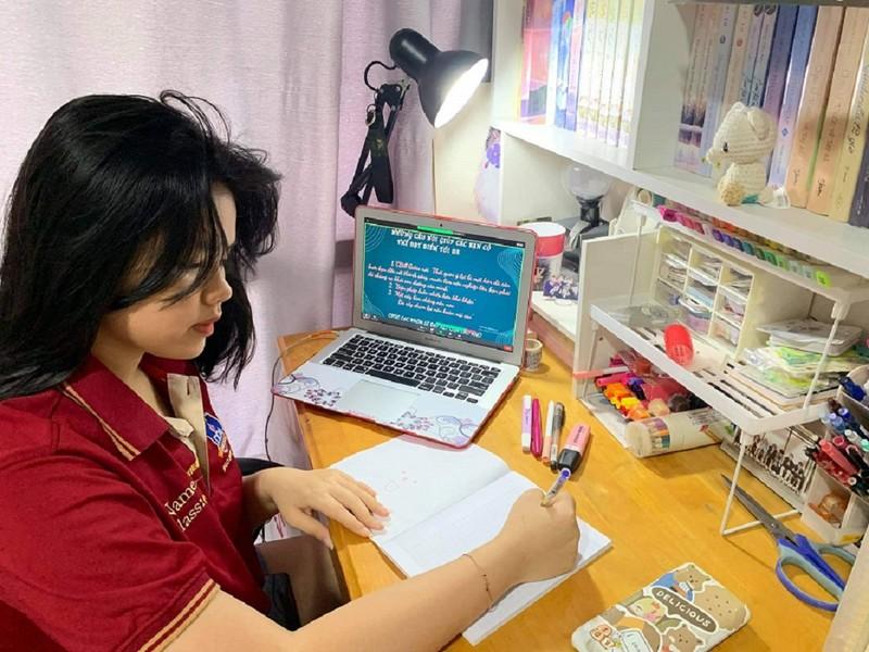 TP.HCM: Học sinh tiếp tục học trực tuyến sau 30-9 - ảnh 1