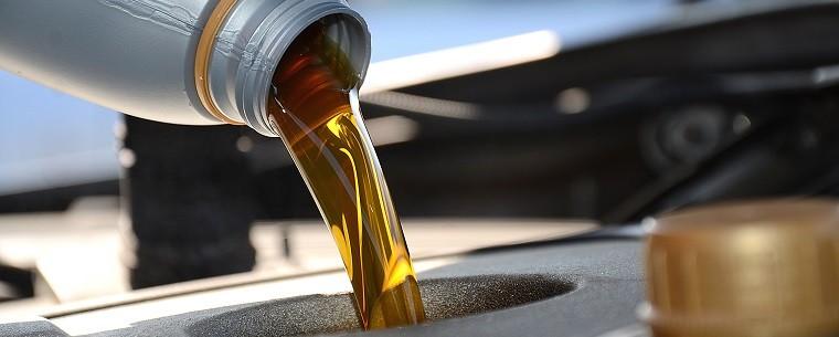 Nhận biết thời điểm thay dầu nhớt cho ô tô - ảnh 1