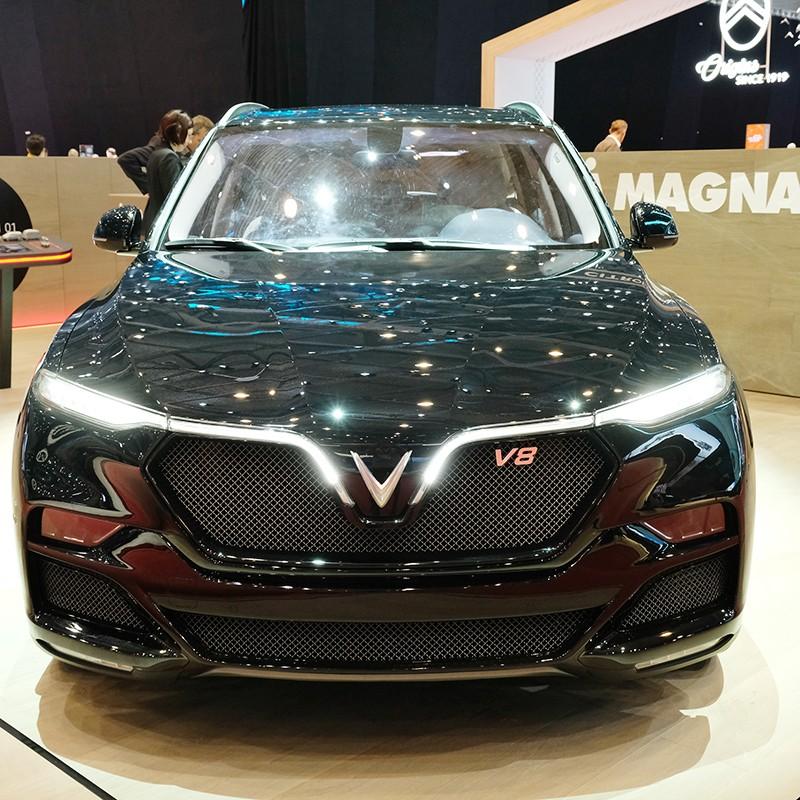 VinFast Lux V8 xuất hiện cùng các đối thủ tại Thụy Sỹ - ảnh 1
