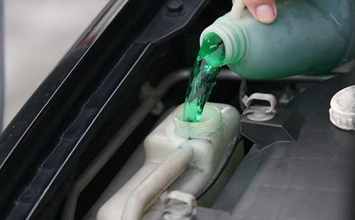 Nguyên nhân khiến động cơ ô tô không tản được nhiệt - ảnh 2