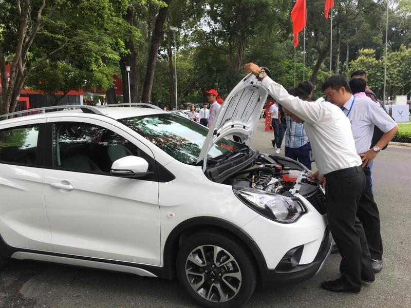 Mẫu xe cỡ nhỏ VinFast Fadil được trang bị những gì? - ảnh 2