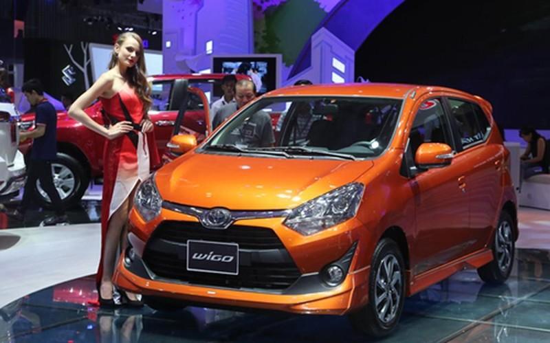 Bảng giá Toyota mới nhất: nhiều mẫu giảm giá 'kịch sàn' - ảnh 1