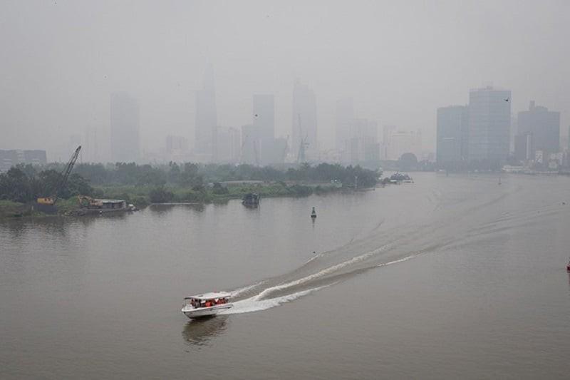 Tham gia giao thông ra sao để phòng tránh ô nhiễm không khí? - ảnh 1