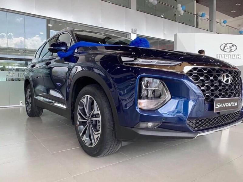 Bảng giá Hyundai tháng 10: SantaFe giảm giá bất ngờ - ảnh 1