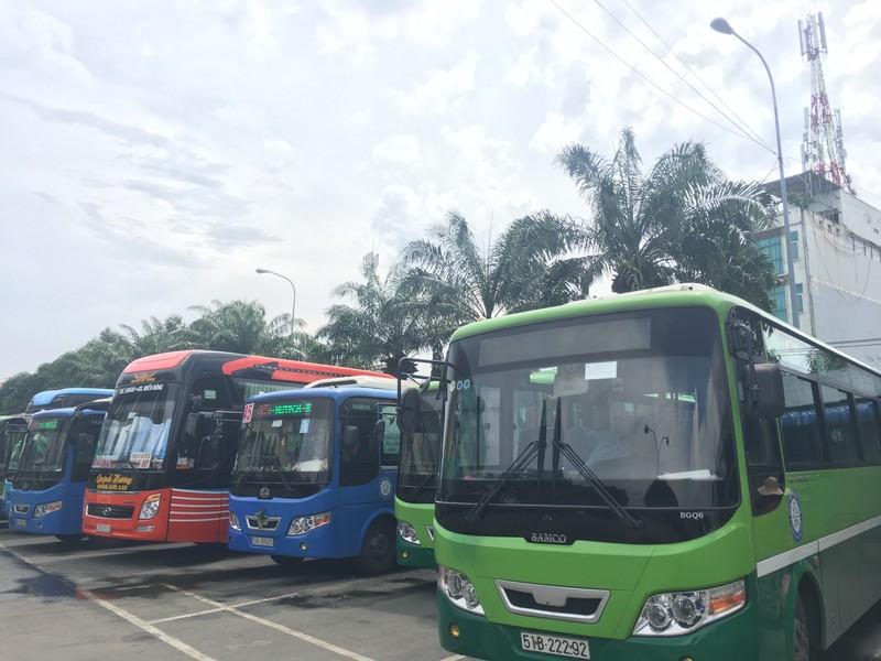 Tết Dương lịch, TP.HCM tăng cường 216 tuyến xe buýt  - ảnh 1