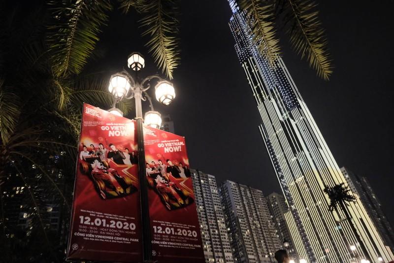 Sân khấu khủng tại đại nhạc hội chào đón giải đua F1 Việt Nam - ảnh 4