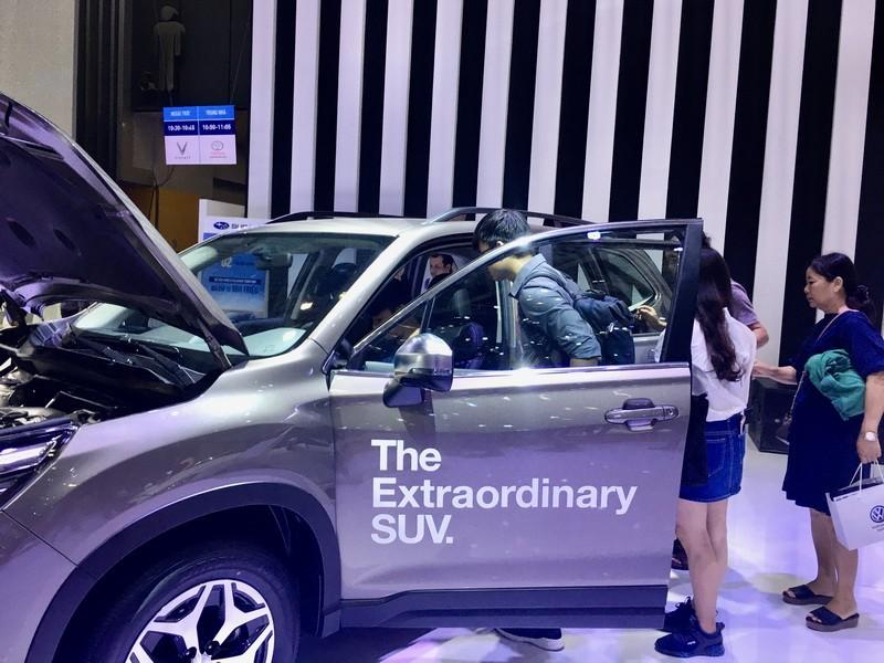 Người Việt mua ô tô đạt kỷ lục  - ảnh 1