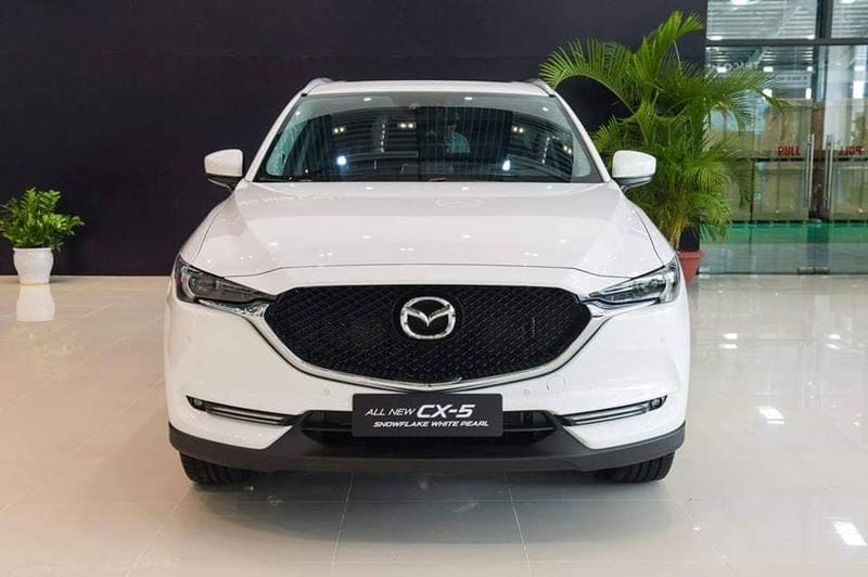 Trong đó, Mazda CX-5 được khuyến mãi lên đến 100 triệu đồng.