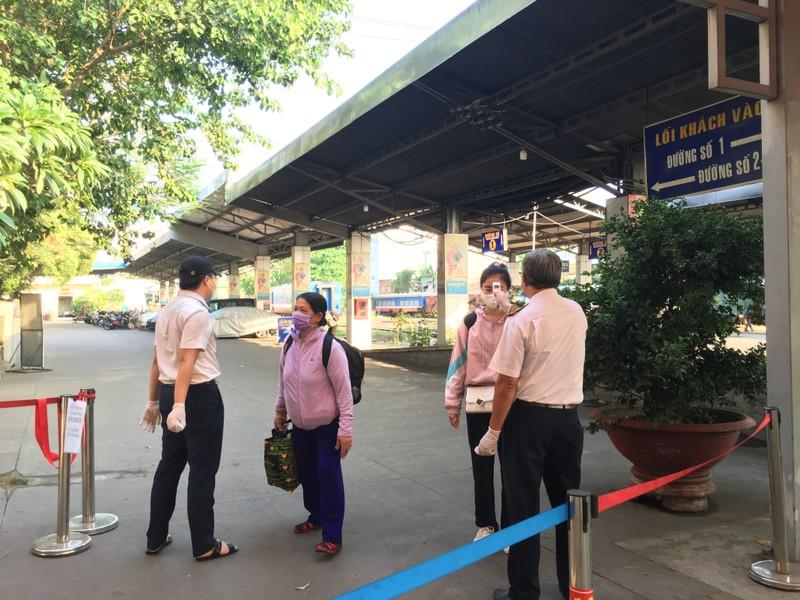 Khách lác đác nhưng ga Sài Gòn không lơ là dịch bệnh - ảnh 4