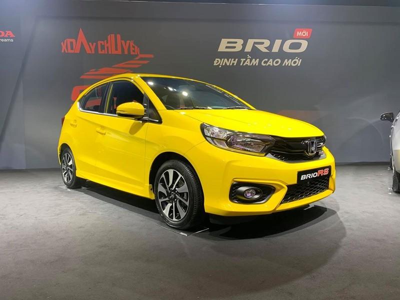 Honda Brio cũng đang được các đại lý giảm giá 15 triệu đồng.