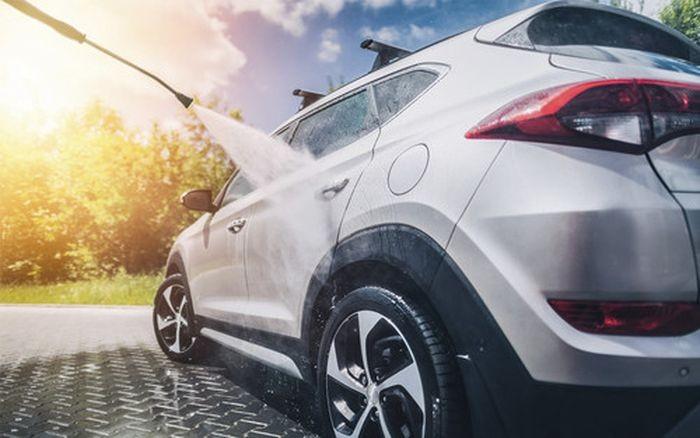 Lốp xe cũng là bộ phận cần được chăm sóc mùa nắng nóng.