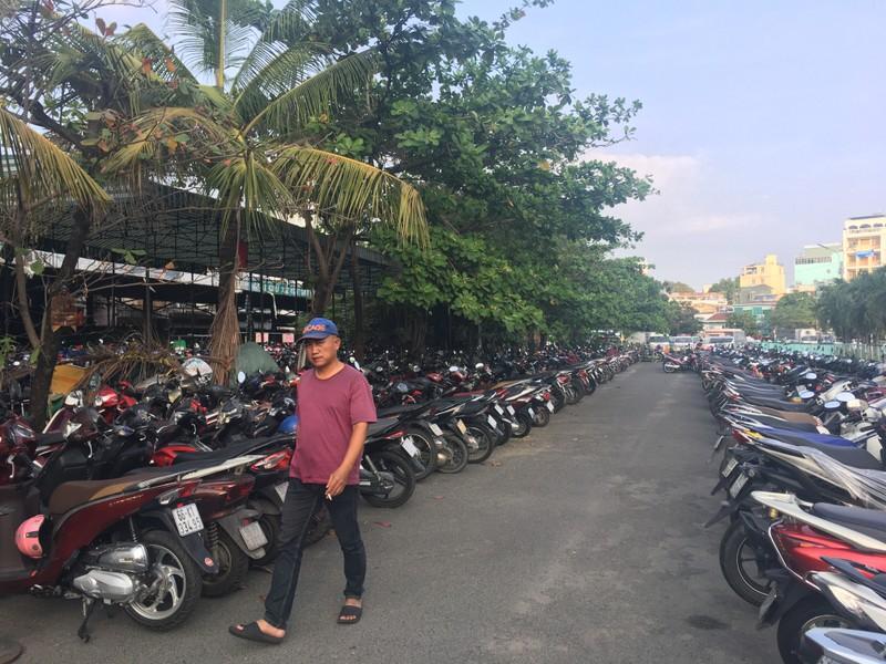 Ga Sài Gòn nhộn nhịp đón người dân sau kỳ nghỉ lễ  - ảnh 5