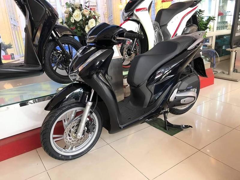Giá Honda SH bất ngờ giảm mạnh tại đại lý - ảnh 1