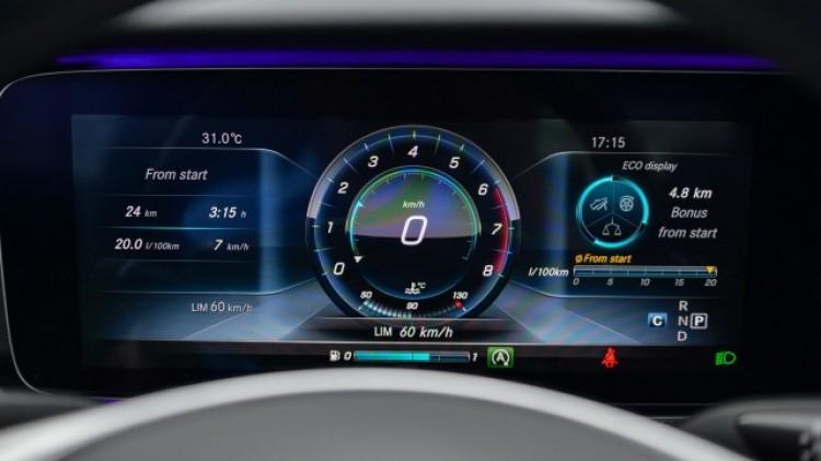 Tránh phạt nguội trên cao tốc, có nên lắp bộ giới hạn tốc độ? - ảnh 1
