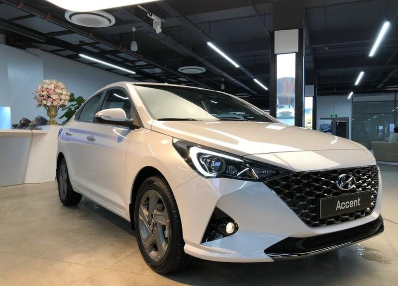 Tốp 10 xe bán chạy tháng 4: Mitsubishi Attrage bất ngờ góp mặt - ảnh 1