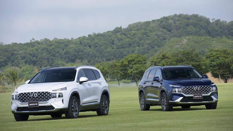 Giá lăn bánh mẫu Hyundai SantaFe 2021 vừa ra mắt - ảnh 1