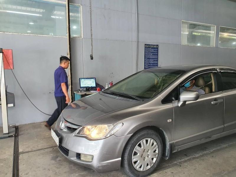 Được nới lỏng giãn cách, chủ xe ô tô cần làm gì để tránh trượt kiểm định - ảnh 3