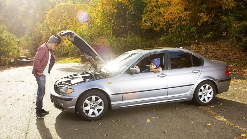 7 lý do khiến ô tô tắt máy bất ngờ khi xe đang chạy - ảnh 1