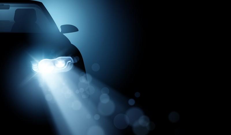 5 mẹo đơn giản để làm sạch đèn pha ô tô - ảnh 1