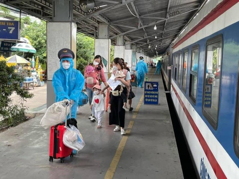 Gần 3.000 người dân Quảng Bình sắp được về quê bằng tàu hỏa - ảnh 1
