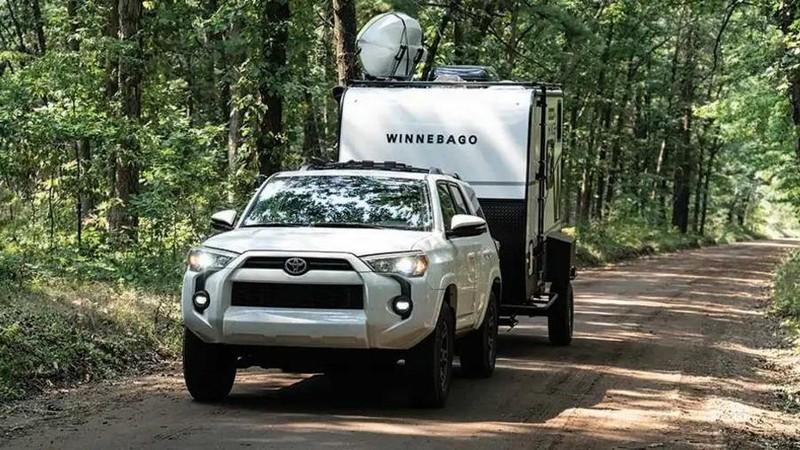 Một chiếc xe kéo du lịch thách thức mọi chuyến cắm trại  - ảnh 1