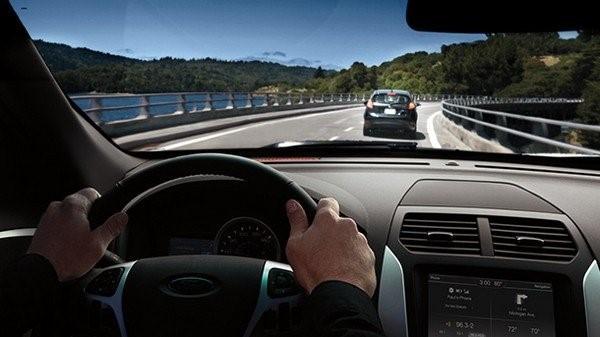 7 mẹo lái xe đường dài an toàn cho người mới bắt đầu - ảnh 2
