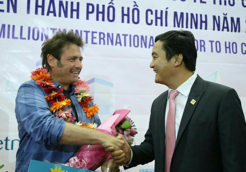 TP.HCM đón vị khách đặc biệt tại sân bay Tân Sơn Nhất  - ảnh 1
