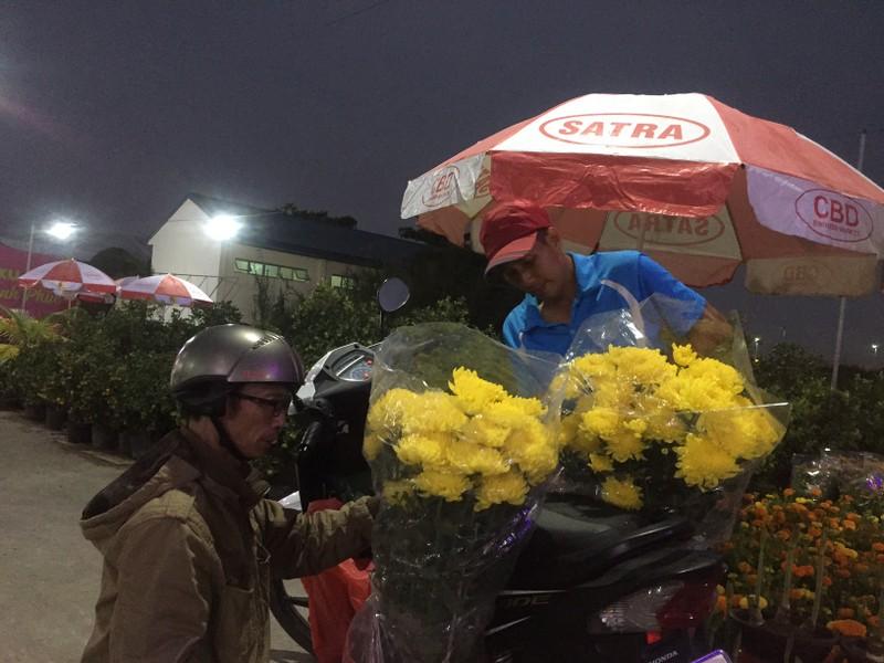 Chợ Bình Điền khai mạc Chợ hoa xuân 2018 - ảnh 2
