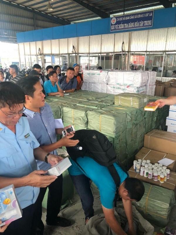 Phát hiện 2.500 hộp thuốc Trung Quốc nghi cường dương  - ảnh 1
