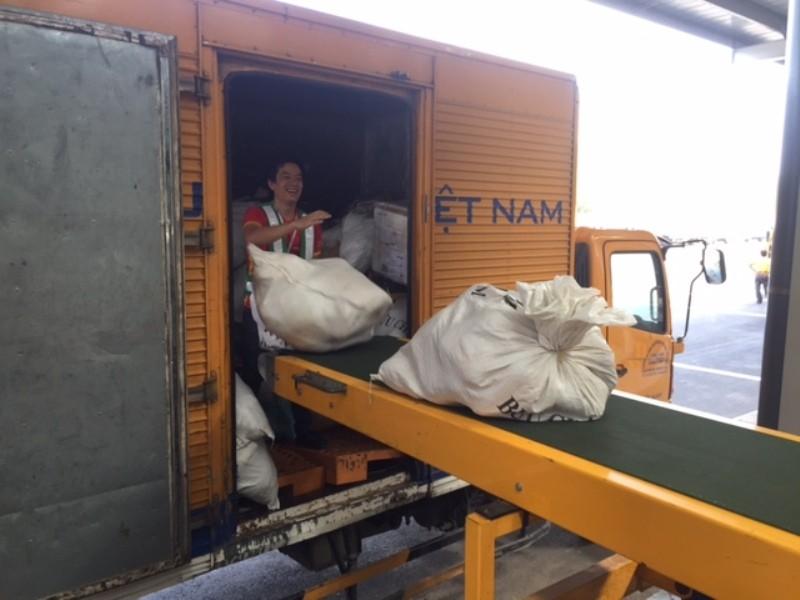 Lần đầu tiên VN có trung tâm khai thác bưu điện giống Nhật  - ảnh 3