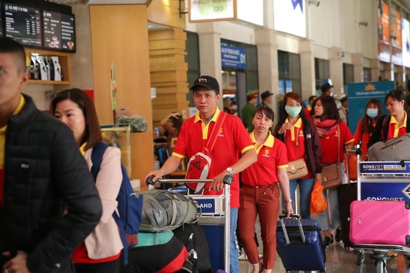 Sabeco thuê máy bay đưa 500 người đầu tiên về nhà ăn tết - ảnh 1