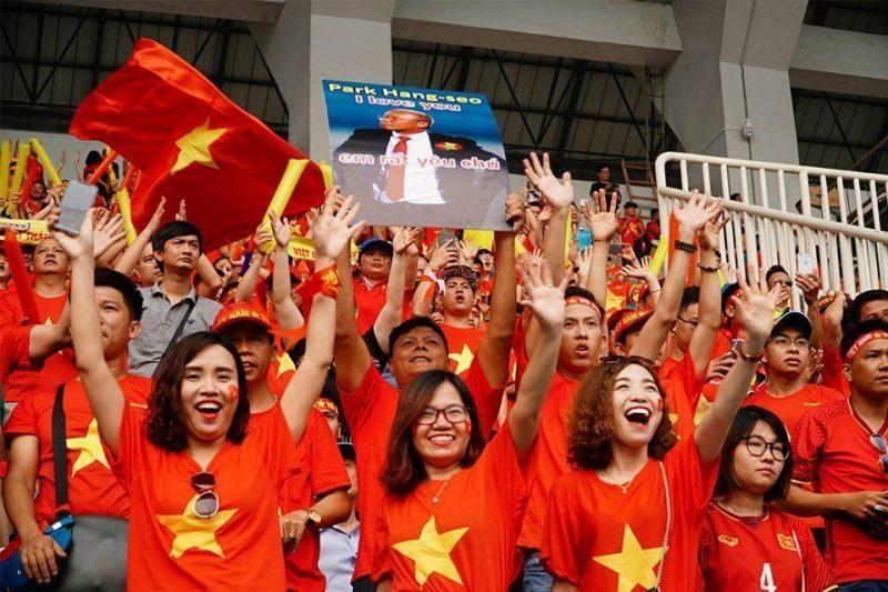 Hot tour sang Thái xem  Việt Nam đá vòng loại World Cup - ảnh 1