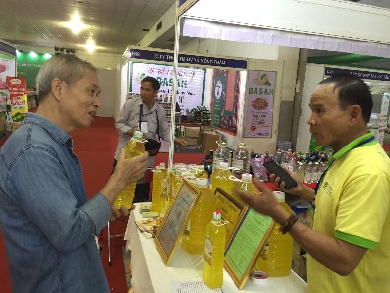 Quận Tân Bình khai mạc hội chợ khuyến mãi 2019 - ảnh 3