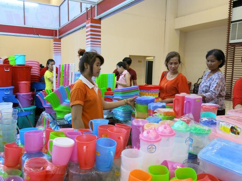 Campuchia tha thiết mời doanh nghiệp Việt sang đầu tư - ảnh 1