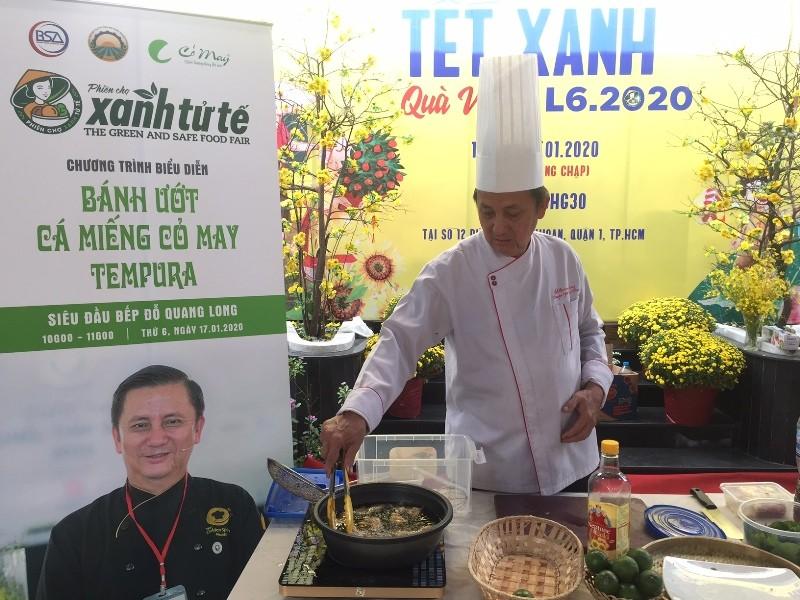 Hàng trăm món ăn độc đáo hội tụ tại phiên chợ Quà Việt 2020 - ảnh 1