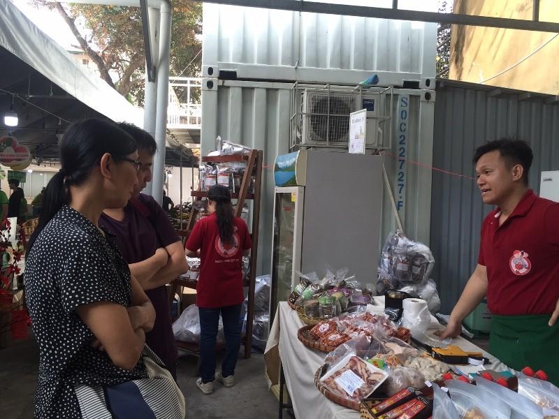Hàng trăm món ăn độc đáo hội tụ tại phiên chợ Quà Việt 2020 - ảnh 4