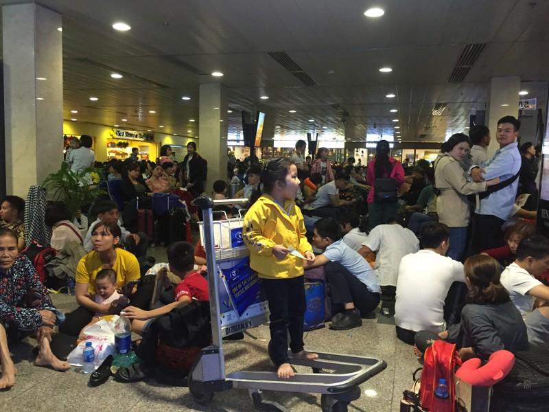 Hành khách bay từ Sài Gòn 28 tết, 29 đến Hà Nội - ảnh 5