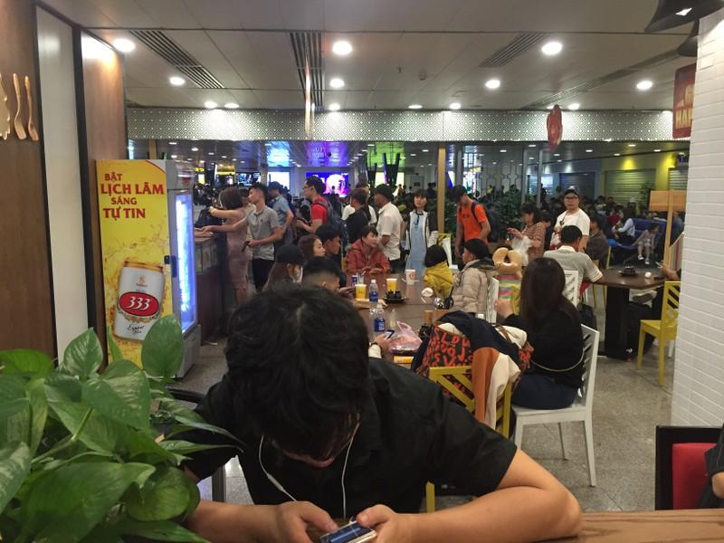Hành khách bay từ Sài Gòn 28 tết, 29 đến Hà Nội - ảnh 4