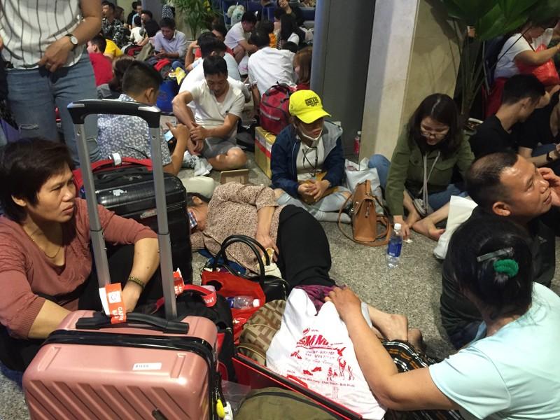 Hành khách bay từ Sài Gòn 28 tết, 29 đến Hà Nội - ảnh 6