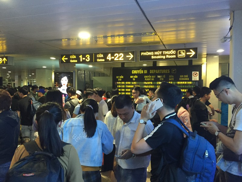 Hành khách bay từ Sài Gòn 28 tết, 29 đến Hà Nội - ảnh 2