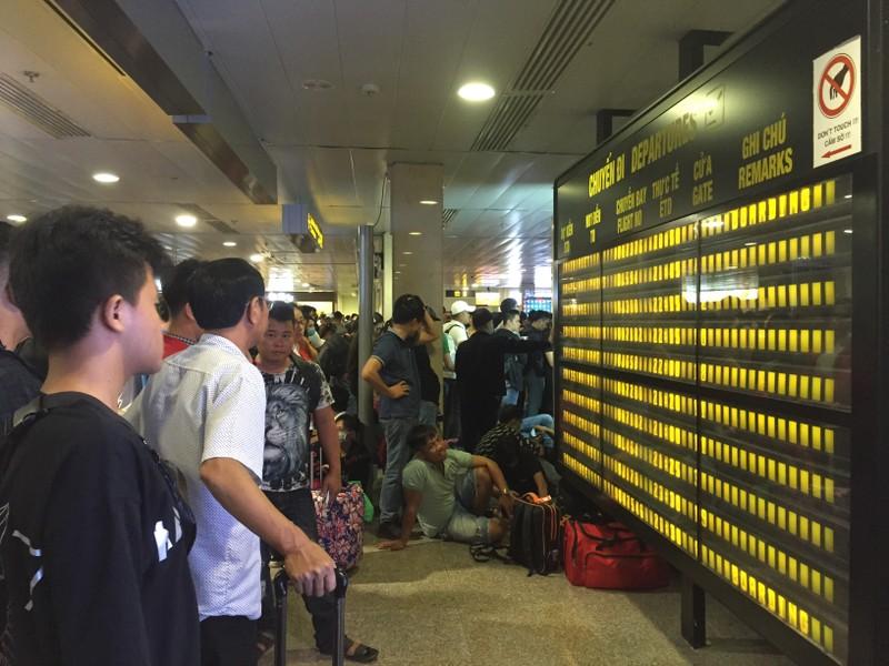 Hành khách bay từ Sài Gòn 28 tết, 29 đến Hà Nội - ảnh 7