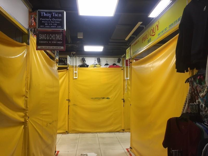 Chợ ngầm dưới lòng đất, chợ đêm Bến Thành hiu hắt khách - ảnh 3