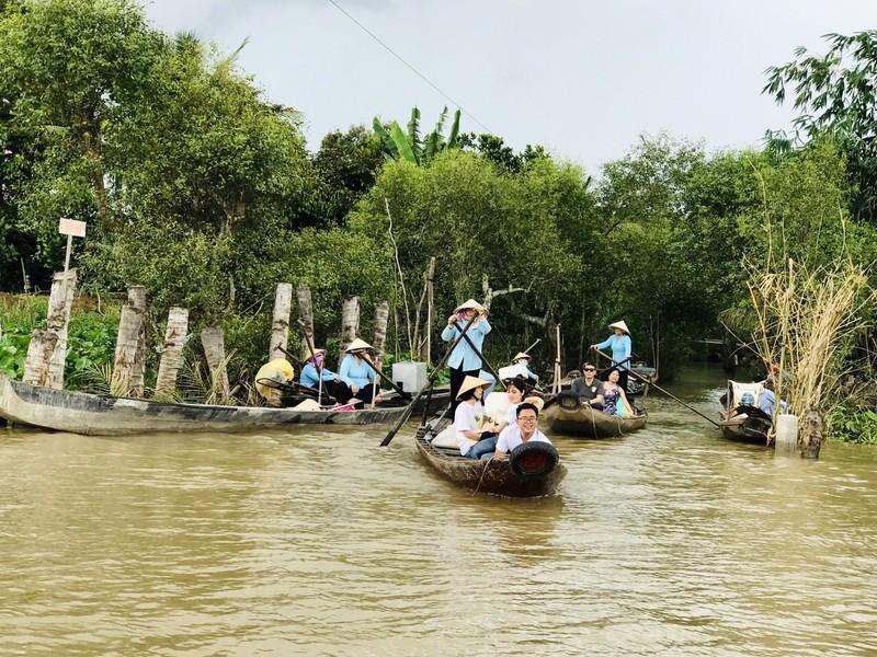 Du lịch Việt bị thổi bay 7,7 tỉ USD vì dịch COVID-19  - ảnh 1