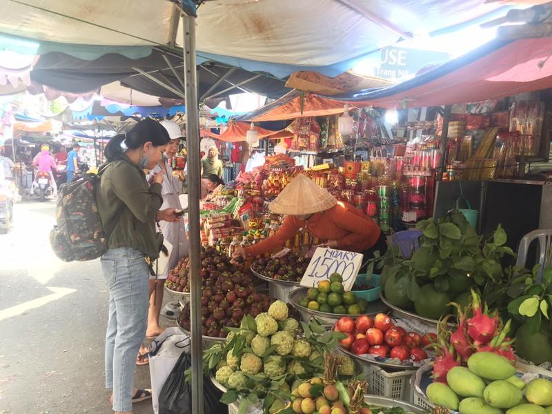 Măng cụt Thái Lan ồ ạt đổ vào chợ Việt - ảnh 1