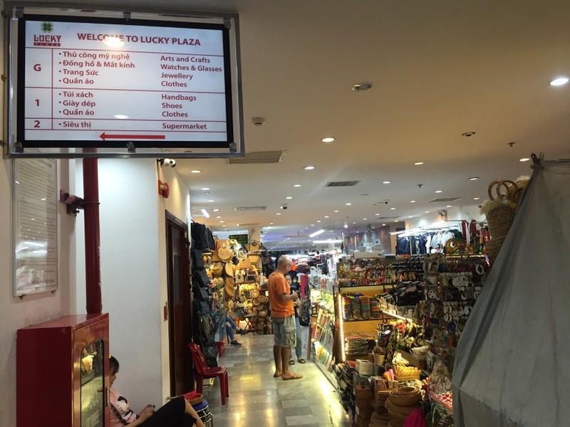 Chợ đêm Bến Thành vẫn cửa đóng then cài - ảnh 3