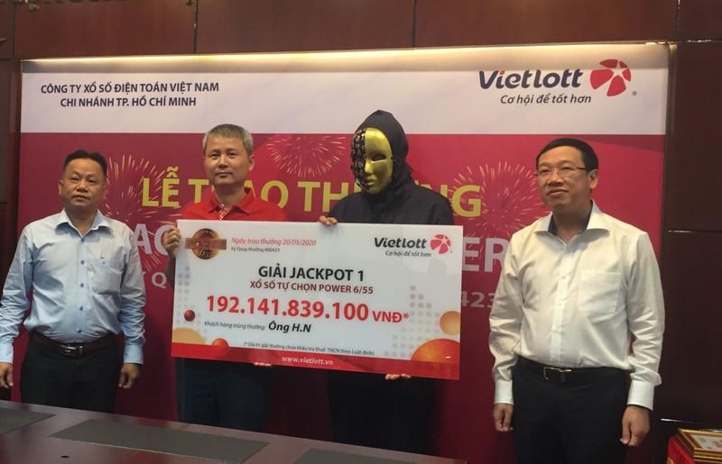 Người trúng Vietlott 192 tỉ: 'Tôi không nhớ rõ ngày mua vé'  - ảnh 1